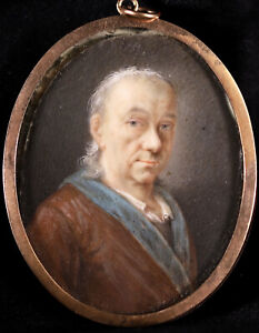 18th CENTURY FINE FRENCH MINIATURE PAINTING - PORTRAIT OF A GENTLEMAN