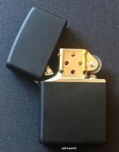 Zippo Windproof Black Matte Lighter With GOLD Insert, 218BI, New In Box
