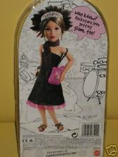 TEEN TRENDS KIANNA GOIN' GLAM DOLL FASHION SET