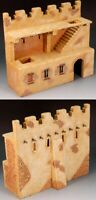 KING & COUNTRY DIORAMA SP036 MIDDLE EASTERN VILLIAGE WALL MIB