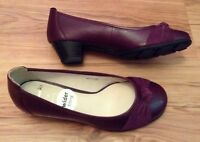 New 🎀CLARKS 🎀 Size 3 E ( Wide Fit) Claire Purple Leather Shoes Slip On 35.5EU