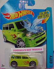 Volkswagen Drag Bus Hot Wheels Colour Shifters - N201