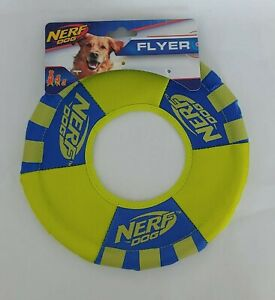 Nerf Dog Toss & Tug Ring Dog Toy Frisbee Lightweight Durable Water Resistant NEW