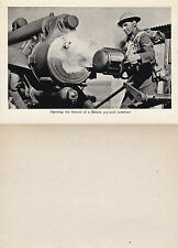 OPENING THE BREECH OF A BRITISH 9.2 INCH HOWITZER UNUSED PHOTOGRAPH POSTCARD