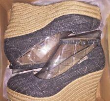 BEARPAW Women's Isla Sandal Black Wedges US 10