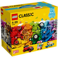 Lego Classic Bricks on a Roll Brick Box Set contains 442 Pieces 10715 Ages 4+