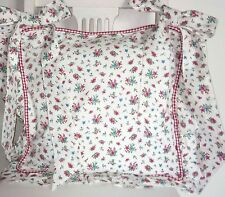 Sunny Chair Cushion Cover 15 11/16x15 11/16in Cottage White Red Pink