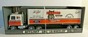 NEW NYLINT NASCAR HOOTERS ALAN KULWICKI GMC 18 WHEELER 911-Z STEEL DIE CAST RARE