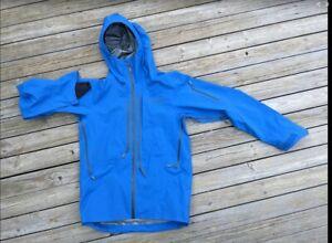 Norrona Lofoten Gore-Tex Pro Jacket - Men's Medium Olympian Blue
