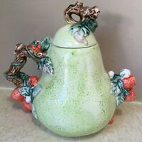 """TEAPOT Pear Shaped STRAWBERRIES DAISIES Pitcher 6 1/2"""" Ceramic HERITAGE MINT"""