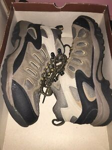 Mens Sonoma Hiking Trail Boots Leather/ Mesh Brown And Black Size 9.5 Medium