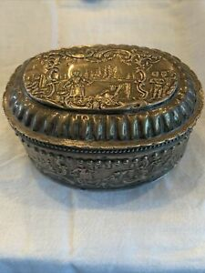 Antique French Sterling Silver Repouse Trinket Jewelry Stash Stash Snuff Box