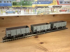 3 Airfix/GMR 21T 9 Plank BR Grey Mineral Wagons 2 x 54371 E30996 & 54359 E30995