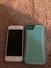 pink apple iPod touch 5th generation - mint condition - 16gb