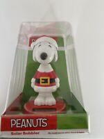 Peanuts Snoopy in Santa Suit Solar Bobbler Christmas Solar Bobble Head NEW