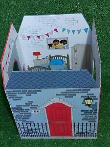 Fold Away Dolls House Folding Dolls Play & Brand New Sealed