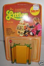 #8584 NRFC Vintage Mattel the Littles Picnic Set Accessory