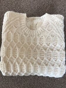 Traditional Style Hand Knitted Chunky Knit Crew Neck Jumper Cream 40 Inch Chest