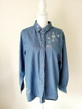 Basic Editions Blue Chambray Jean Shirt Snowflake Embroidered Women Size XL