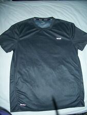 Hind running shirt T  size M 100% Polyester  Made in China Gray pattern