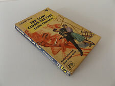 1960 THE SAINT CLOSES THE CASE by LESLIE CHARTERIS Pan Books Paperback