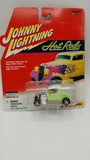 Johnny Lightning Hot Rods 1927 T-Roadster Green FREE SHIPPING