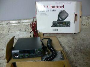RadioShack 40 Channel Mobile CB Radio TRC-503 ANL 9/19 Priority Switch Open Box