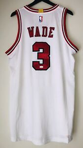 Dwyane Wade Autographed Chicago Bulls Signed Rev-30 NBA Authentic XL Jersey JSA