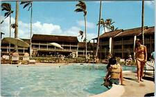 KAUAI, HI Hawaii    ISLANDER INN  BABES at POOL  1973  Roadside  Postcard