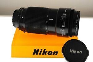 Nikon AF-Nikkor 70-210mm f/4.0 (constant aperture) auto focus macro zoom. MINT-
