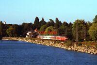 PHOTO  GERMAN RAILWAYS - VIEW 2 2 218 CLASS B-B DIESEL-HYDRAULICS LOCOS THEY ARE