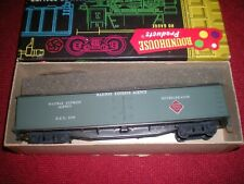 Roundhouse HO scale Railway Express Agency 50' Express Reefer