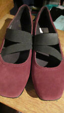 "NEW CLARKS ""HAYDEN JUNIPER"" MARYJANES SHOES WINE 11W WIDE"