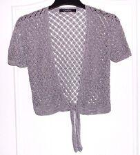 171bb25ed993 Joli gilet cache épaule crochet gris brillant + perles CAROLL T 42 TBE