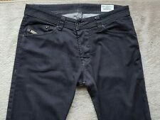 Men's DIESEL Darron 0064U Jeans, Size W34/L33 (on label W32/L34)