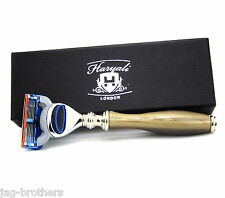 GILLETTE FUSION HORN COLOR HARYALI LONDON MEN CARTRIDGE RAZOR GIFT