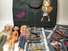 Lot Bratz Dolls with shoes + Denim Case + Accessories