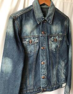 Adam Levine Trucker Style Denim Jacket Blue Cloud Wash distressing Size SMALL