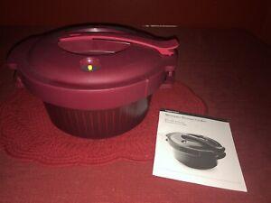 Tupperware Microwave Pressure Cooker 3 Qt