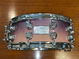 """Mapex Saturn Snare 14x5.5"""" Violet Stardust Lacquer Maple/Walnut Chrome Hardware"""