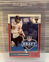 2017 Score Patrick Pat Mahomes Red Rookie Parallel SP Kansas City Chiefs RC 🔥