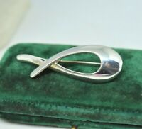 Vintage Sterling silver brooch pin with a creationist fish design  #P845