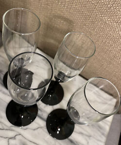 SET OF 4 ELEGANT BLACK STEM Clear Glass CHAMPAGNE FLUTES STEMWARE