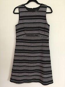 Ann Taylor Womens 6 Dress A Line Sleeveless Scoop Neck Black White Stripe