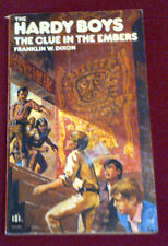 THE HARDY BOYS THE CLUE IN THE EMBERS#20  FRANKLIN W DIXON 1979