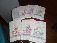 (NEW) Cat Lovers-- Seven Days of The Week Cat Kitchen Towels