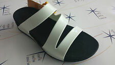 Ciabatta infradito donna FitFlop bianco-nero fasce superjelly twist - 557    161
