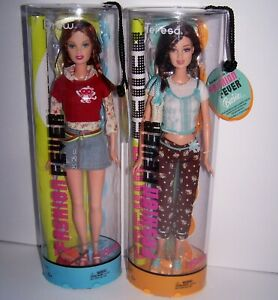 Fashion Fever Doll Lot (2) Drew with Freckles & Poster Teresa with Poster 2004