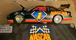 NASCAR CAFE 1/24 #1 Pontiac Grand Prix Diecast 1/5,000