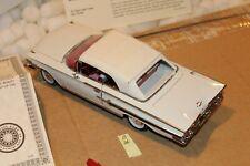B36 Danbury Mint 1960 Chevrolet Impala Convertible 1:24 White, Title